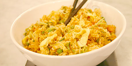 Thai fried rice recipes food network canada thai fried rice forumfinder Images