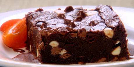 Triple chocolate brownies recipes food network canada forumfinder Choice Image