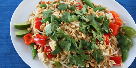 Vegetable pad thai recipes food network canada vegetable pad thai forumfinder Images