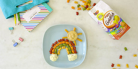 Colours Goldfish Rainbow with Queso Dip