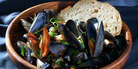 Beer and Bacon Mussels