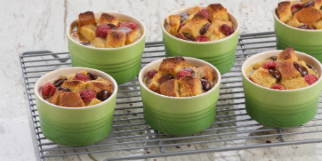 Banana caramel bread pudding recipes food network canada banana caramel bread pudding forumfinder Images