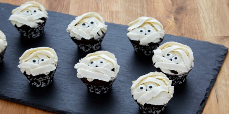 I Want My Mummy Mini Chocolate Cupcakes