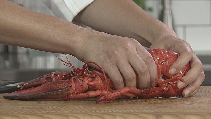 Chef In Your Ear Video - How to Remove Meat from Lobster   Season 1 Episode - Foodnetwork.ca