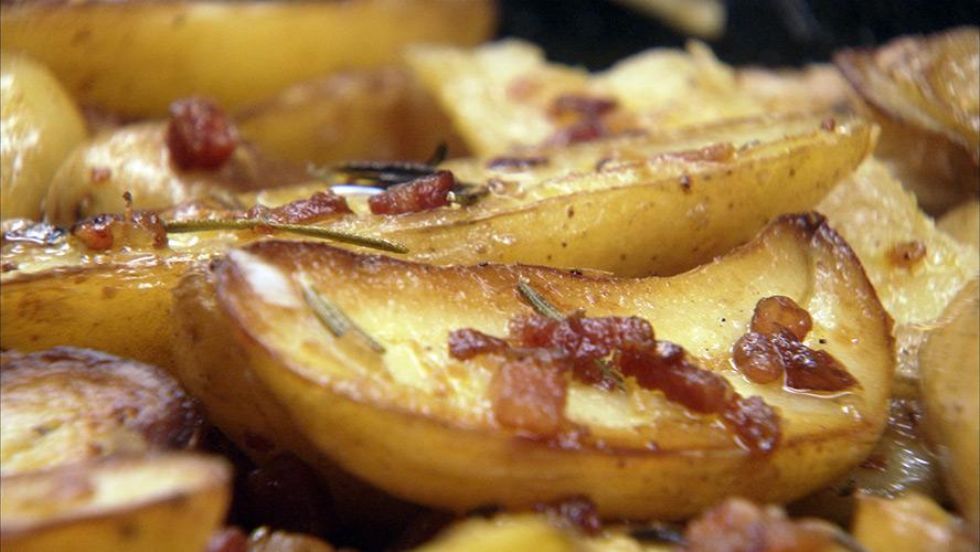 888_bacon-roasted-potatoes