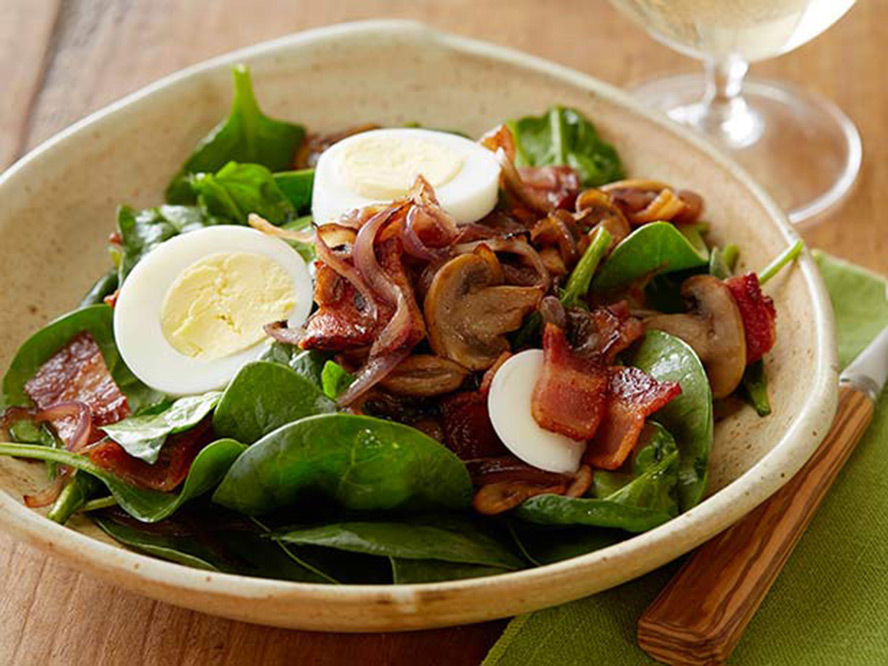 888_perfect-spinach-salad