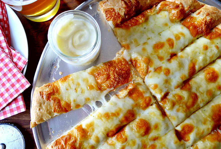 Garlic Fingers with Donair Sauce
