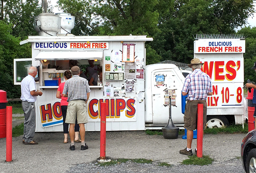 Wes' Chips in Arnprior, ON