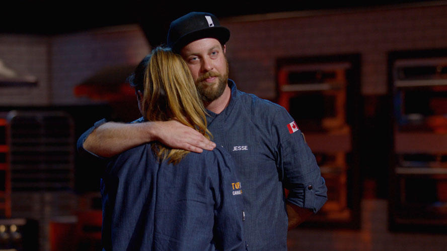 Top-Chef-Canada-All-Stars-Episode-7-Connie-Jesse-Hugs
