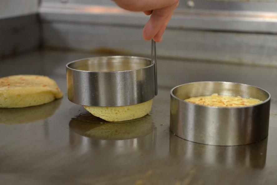 souffle-pancakes-steps5