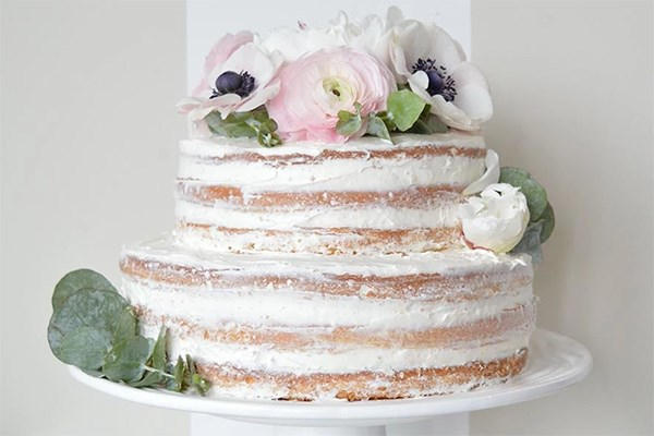 white wedding cake recipe from box 15 tasty ways to a box of cake mix food network canada 27370