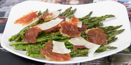 Pesto and Prosciutto Asparagus