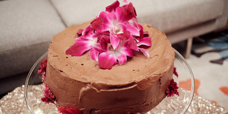 Angel Food Cake with Chocolate Hazelnut Frosting