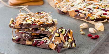 Gingerbread Holiday Bark