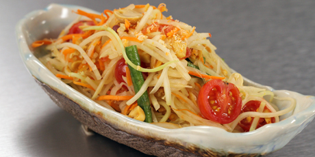 Som Dtam Green Papaya Salad (from Longtail Kitchen)