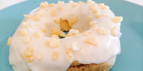 Puffed Cereal Treat Donuts
