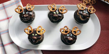Moose Cupcakes Recipes Food Network Canada