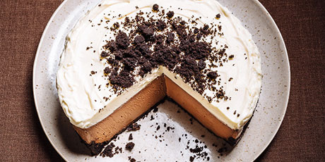 Triple Chocolate Cookie Crumble Cheesecake Recipes Food