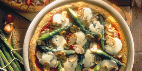 Bocconcini and Asparagus Pizza