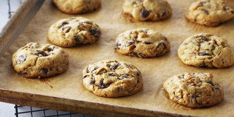 Chocolate Chip Pan Cookies With Cake Mix