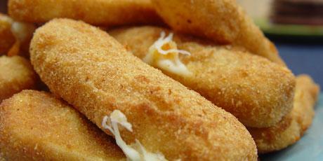 Deep Fried Mozzarella Sticks Recipes Food Network Canada