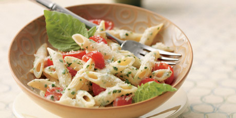 Fresh Tomato and Pesto Penne