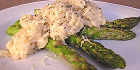 Garlic Risotto with Roasted Asparagus