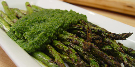 Grilled Asparagus with Parsley Pesto