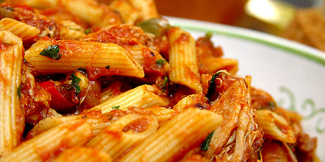 Pasta Sauce with Chicken and Peppers