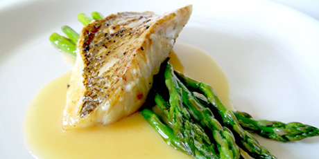 Red Snapper with Lemon Beurre Blanc & Asparagus