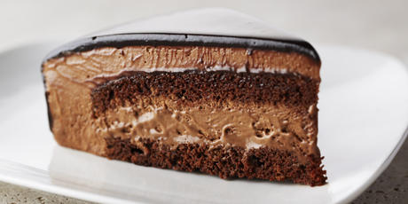 Rich Chocolate Mousse Cake