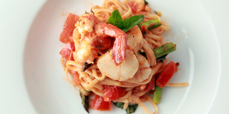 Saucy Seafood Linguine