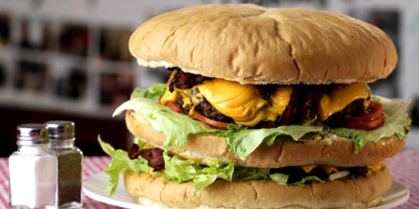 The 9 Pound Burger