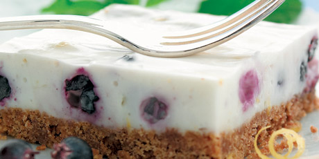 The Best Blueberry Vanilla No-Bake Cheesecake