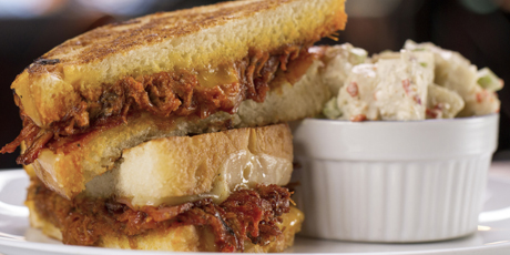The Smokin' Pig Grilled Cheese