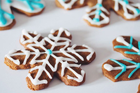 60 Classic Christmas Cookies