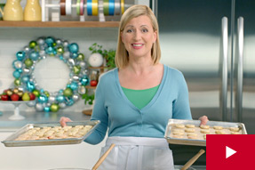 Anna Shares How to Turn 1 Recipe Into 3 Holiday Cookies