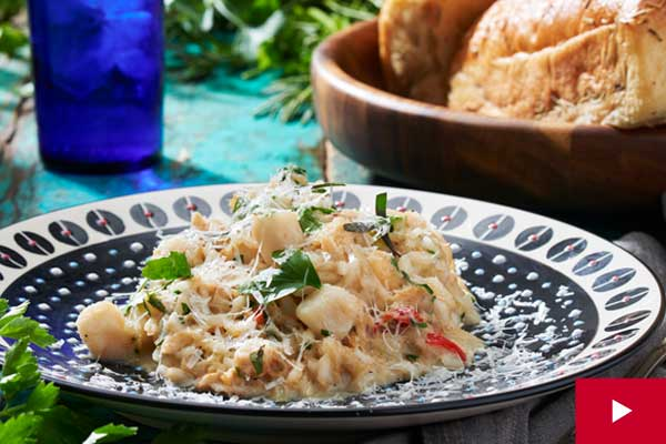 How to Make a Creamy Risotto with Scallops and Crab