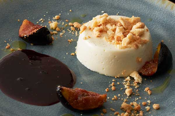 Vanilla Panna Cotta with Figs and Honey Streusel