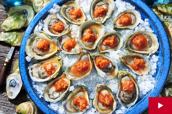 How to Make a Spicy Tomato Ice for Serving with Oysters