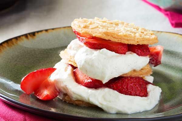 Recipe: Cookies and Cream Napoleon