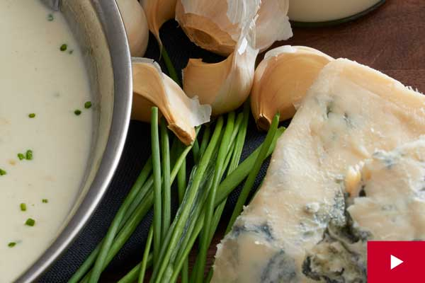 How to Make the Easiest Gorgonzola Cream Sauce