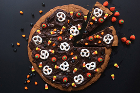 Easy Halloween Cookie Pizza