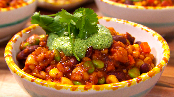 Recipe video vegetarian chili season 1 episode 25 foodnetwork sorry playback is unavailable forumfinder Choice Image